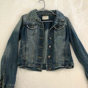 Cropped denim jacket from Forever 21 size S